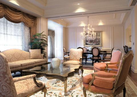4 star The Cosmopolitan of Las Vegas hotel for $108 - The ...  Lvh Las Vegas
