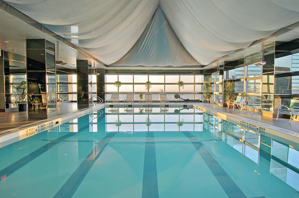 One un new york for New york hotel with swimming pool