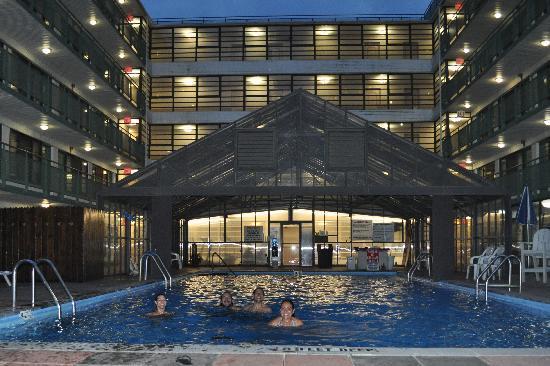 Travel inn hotel new york for 24 hour nail salon new york city