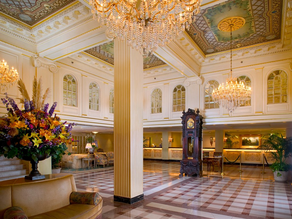Hotel monteleone new orleans for Hotels orleans