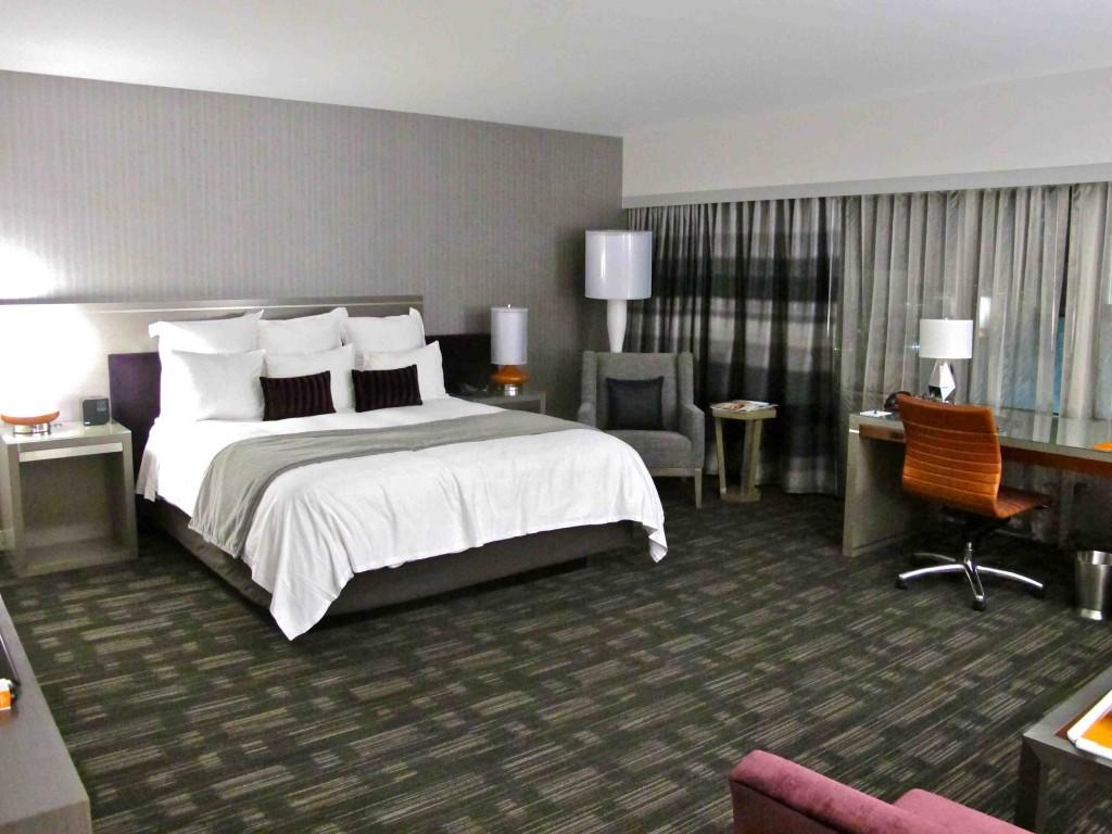 loews hollywood hotel hollywood. Black Bedroom Furniture Sets. Home Design Ideas