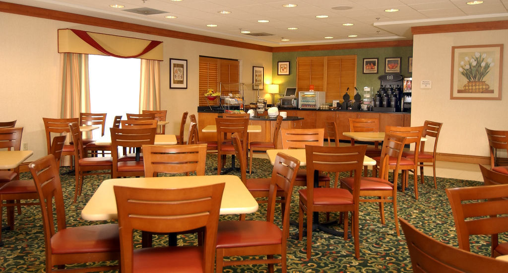 Fairfield inn suites atlanta airport south sullivan road for 24 hour nail salon in atlanta ga