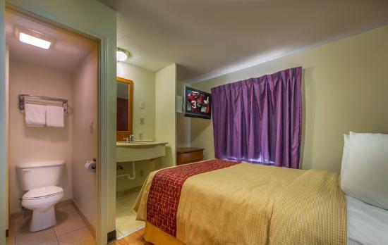Red Roof Inn U0026 Suites Atlanta U2013 Midtown U2013 Atlanta Georgia