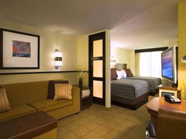 hyatt place atlanta airport atlanta georgia. Black Bedroom Furniture Sets. Home Design Ideas