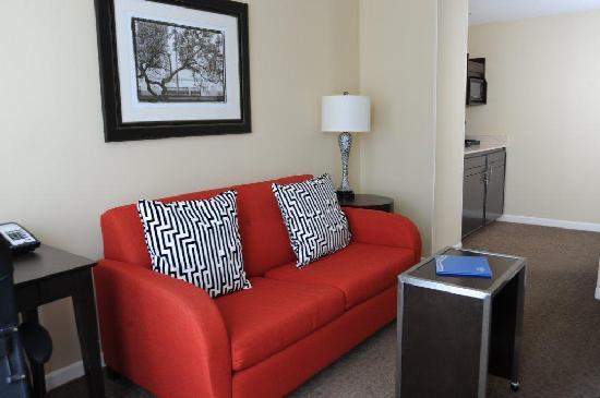 Fairfield inn suites atlanta downtown atlanta georgia for 24 hour nail salon in atlanta ga